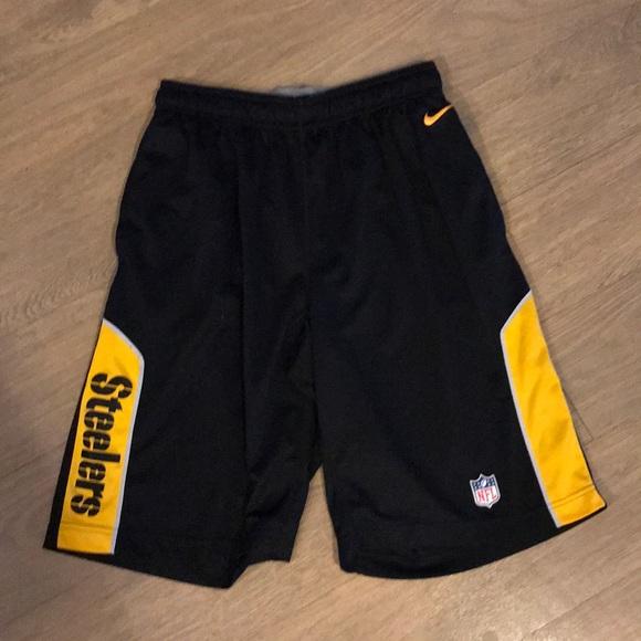 e76e47f9 Nike Black Pittsburgh Steelers Shorts Size M - EUC
